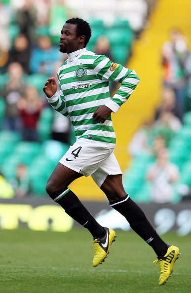 b53f6a74e3 Efe Ambrose Photos Photos - Celtic v Dundee - Scottish Premier ...