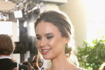 Egith van Dinther FIJI Water at the 74th Annual Golden Globe Awards