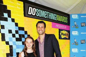 Eileen Garrido DoSomething.org And VH1's 2013 Do Something Awards - Post-it Wall