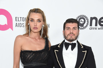 Eli Mizrahi Alina Baikova 27th Annual Elton John AIDS Foundation Academy Awards Viewing Party Sponsored By IMDb And Neuro Drinks Celebrating EJAF And The 91st Academy Awards - Red Carpet