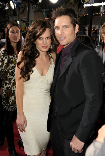 Is elizabeth reaser dating anyone