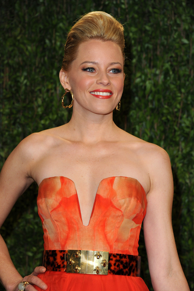 Elizabeth Banks Got a Major Hair Makeover—Thoughts?