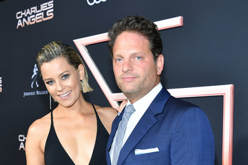 Elizabeth Banks Premiere Of Columbia Pictures' 'Charlies Angels' - Red Carpet