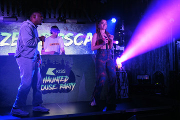 Ella Eyre KISS Haunted House Party 2020 - Show