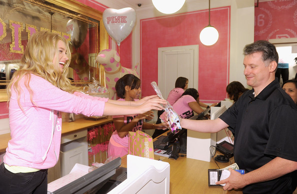 I spent some time as an employee in Victoria's Secret and learned a lot about the job and some of the things that go on behind the scenes that most shoppers will never find out. Here's what goes.
