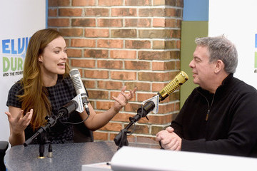 Elvis Duran Olivia Wilde Visits 'The Elvis Duran Z100 Morning Show'