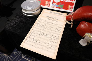 Elvis Presley Nashville Media Preview Of The Artifacts Of Hollywood And Music Auction