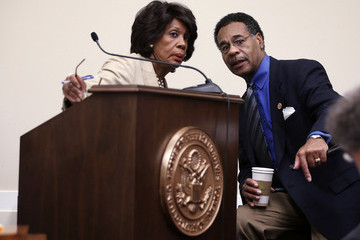 Emanuel Cleaver Maxine Waters Leads Discussion in Washington