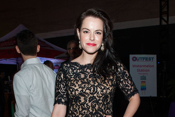 emily hampshire facebook