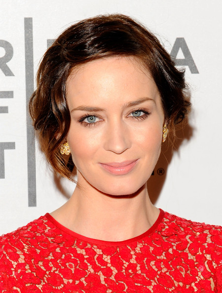 Emily Blunt Pictures -...