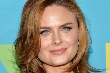 Emily Deschanel FOX Programming Presentation