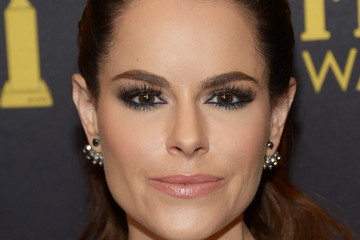 Emily Hampshire Hollywood Foreign Press Association And InStyle Celebrate The 2017 Golden Globe Award Season