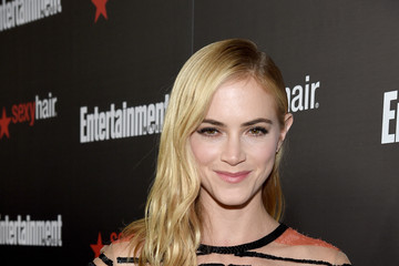 Emily Wickersham Entertainment Weekly's Celebration Honoring The 2015 SAG Awards Nominees - Red Carpet
