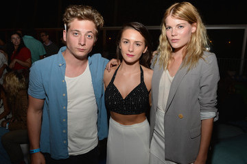 Emma Greenwell Jeremy Allen White Warby Parker Opens First West Coast Store