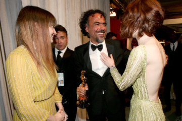Emma Stone Behind the Scenes at the Oscars