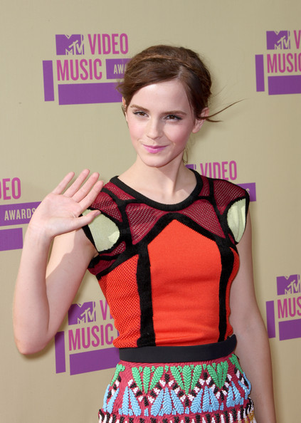 Emma Watson - 2012 MTV Video Music Awards - Arrivals