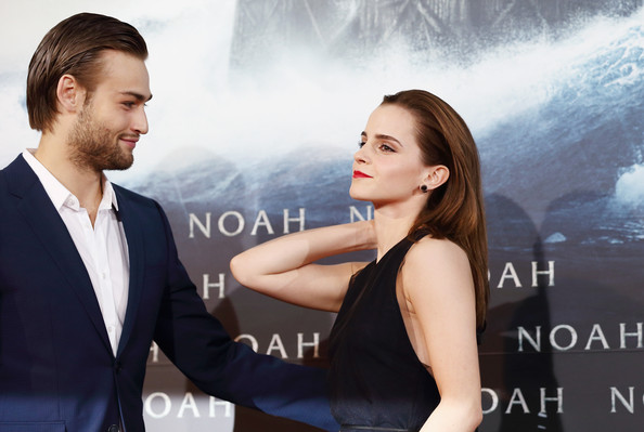 Emma Watson Douglas Booth and Emma Watson attend the premiere of    Douglas Booth And Emma Watson Noah