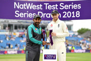 England captain Joe Root shakes hands with Pakistan captain Sarfraz Ahmed after drawing.the NatWest Test Series between England and Pakistan at Headingley on June 3, 2018 in Leeds, England.