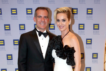 Eric Garcetti The Human Rights Campaign 2017 Los Angeles Gala Dinner - Inside