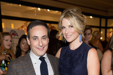 Eric Himmel 900 North Michigan Shops And Michigan Avenue Magazine Host Fashion's Night Out Wth Ali Larter