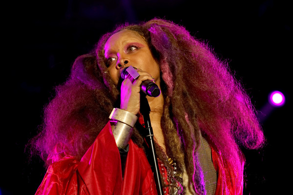 2018 Essence Festival Presented By Coca-Cola - Louisiana Superdome - Day 1 [singing,performance,pink,singer,music artist,entertainment,performing arts,stage,event,concert,erykah badu,louisiana superdome,new orleans,coca-cola,2018 essence festival]