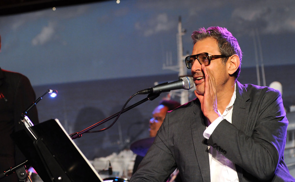 Jeff Goldblum Is Reportedly Dating Model Lydia Hearst-Shaw ...