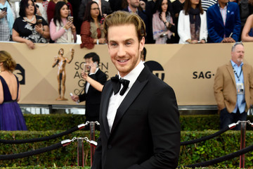 Eugenio Siller 22nd Annual Screen Actors Guild Awards - Arrivals