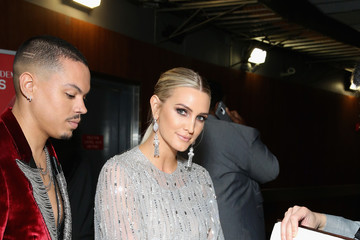 Evan Ross 61st Annual Grammy Awards - Grammy Charities Signings - Day 4