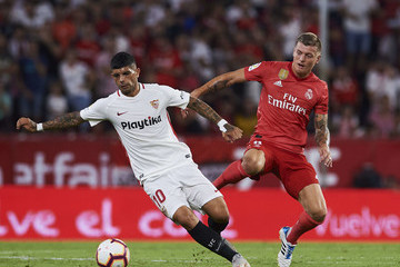 Ever Banega Sevilla FC vs. Real Madrid CF - La Liga