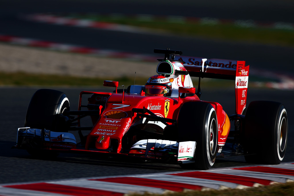 [Imagen: F1+Testing+Barcelona+Day+Three+1UZ3Mt46wd5x.jpg]