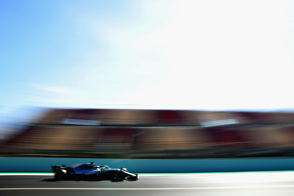 [Imagen: F1+Winter+Testing+Barcelona+Day+Four+C1-Ttp6QskBx.jpg]