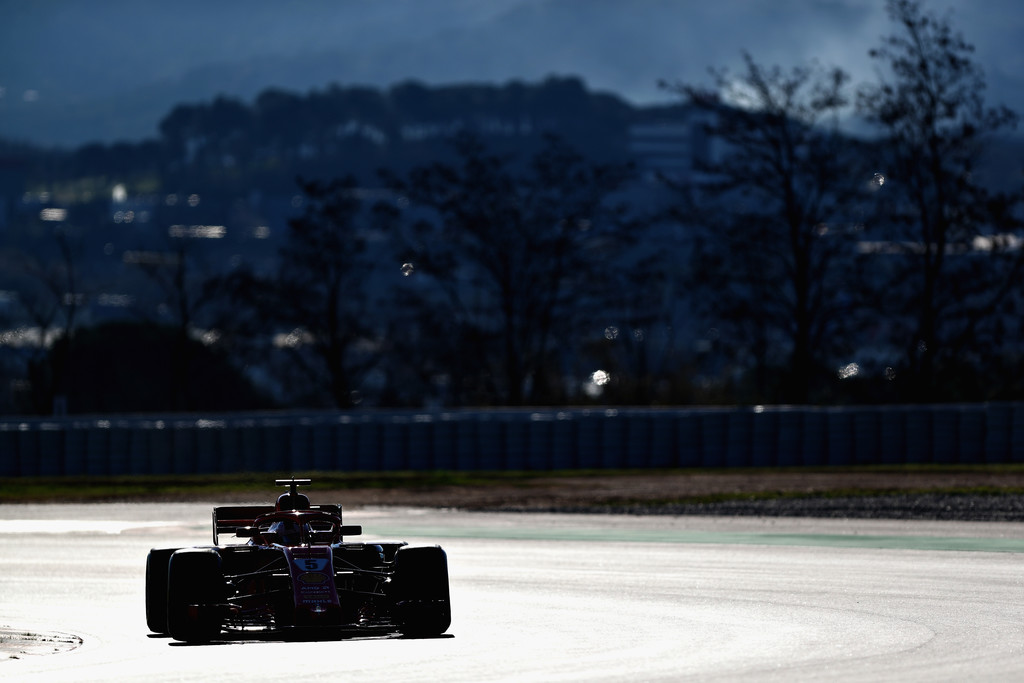 [Imagen: F1+Winter+Testing+Barcelona+Day+Two+60uSGo5z_Jfx.jpg]