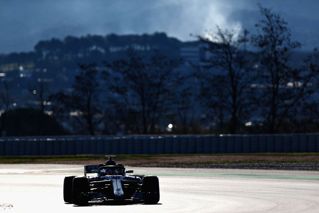 [Imagen: F1+Winter+Testing+Barcelona+Day+Two+V4LIThCDPr8x.jpg]