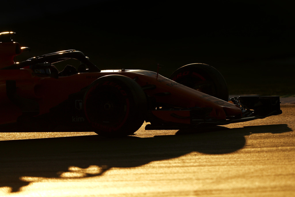 [Imagen: F1+Winter+Testing+Barcelona+Day+Two+pHk6ZLUhBv2x.jpg]