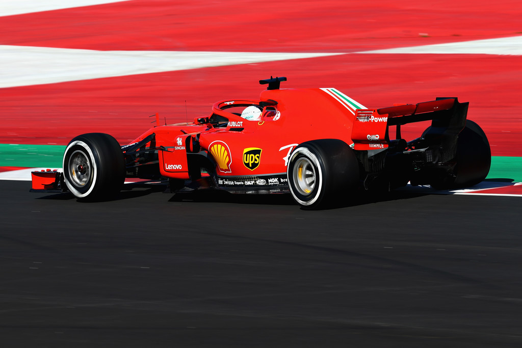 [Imagen: F1+Winter+Testing+Barcelona+Day+Two+tEIy_I0P11Sx.jpg]