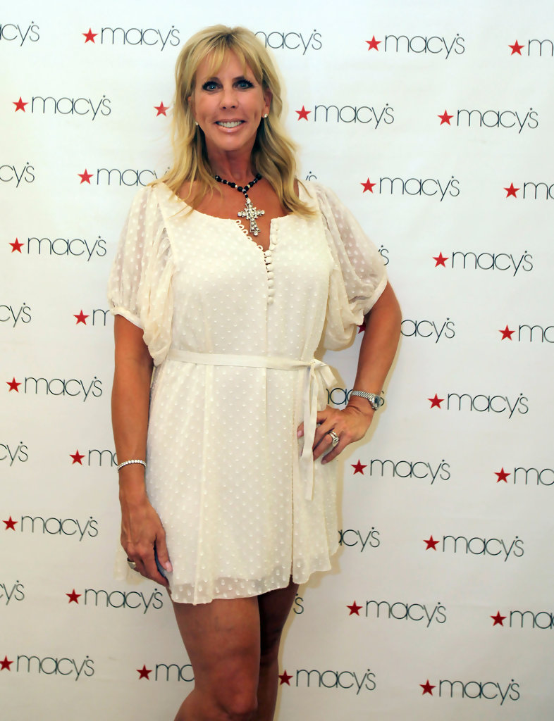Vicki Gunvalson Photos Photos - Fashion\'s Night Out at Macy\'s State ...