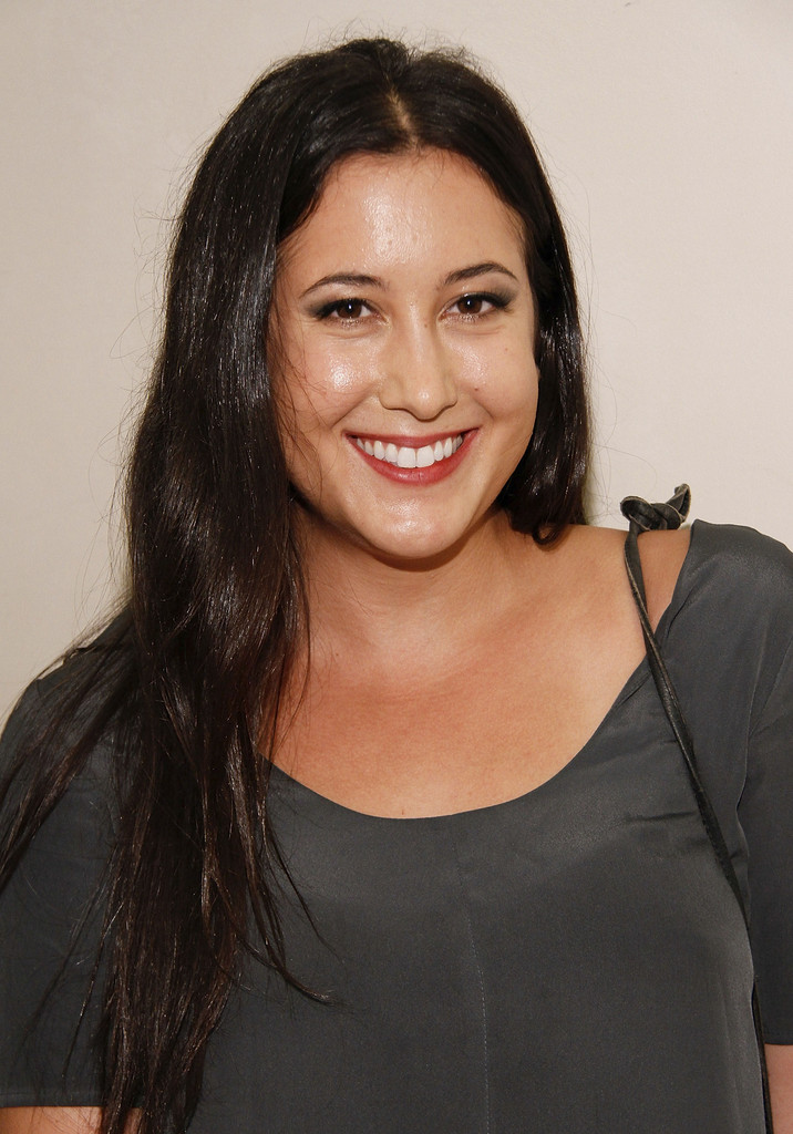 ¿Cuánto mide Vanessa Carlton? - Altura - Real height Fashion+Night+Out+SAKS+Fifth+Avenue+06qwZR5lAHNx