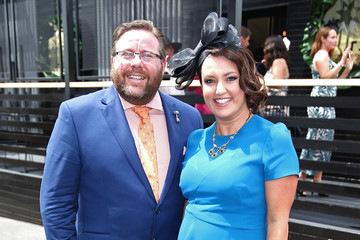 Felicity Hunter Celebrities Attend Oaks Day