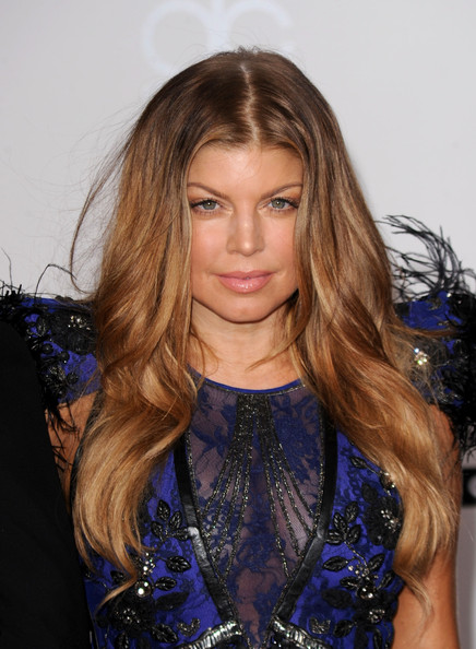 fergie pictures 2010 american music awards arrivals