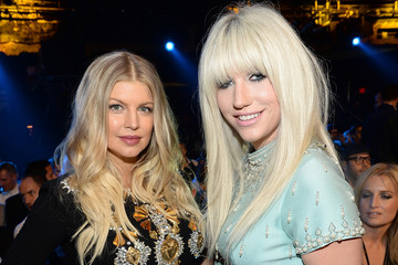 Photo of Ke$ha & her friend  Fergie