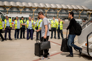 Fernando Torres Team Spain Returns to Madrid