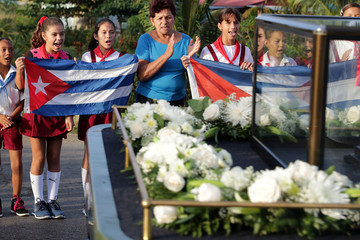 Fidel Castro Fidel Castro's Remains Travel Across Cuba Ahead Of His Burial
