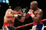 Floyd Mayweather Jr;Juan Manuel Marquez Photos Photo