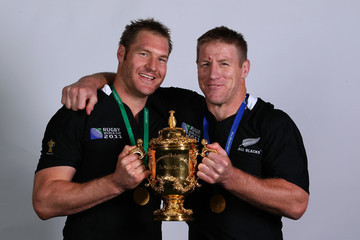 Ali Williams Brad Thorn France v New Zealand - IRB RWC 2011 Final