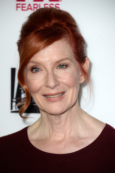 Frances Conroy Net Worth