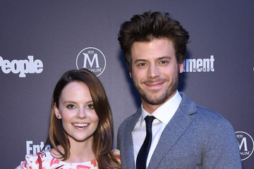 Francois Arnaud Entertainment Weekly & People Upfronts Party 2016 - Inside