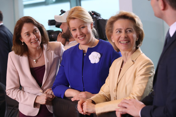 Ursula Von Der Leyen Franziska Giffey Katarina Barley Franziska Giffey And Katarina Barley Photos First Cabinet Meeting Of Merkel Iv Government Zimbio