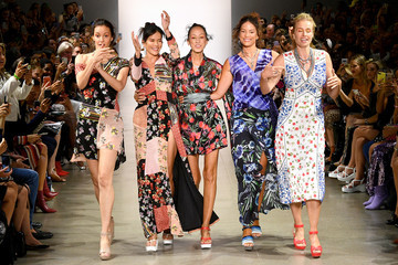 Frederique Van Der Wal Nicole Miller - Runway - September 2019 - New York Fashion Week: The Shows