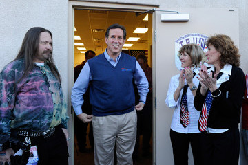 Victor Wolder GOP Candidate Rick Santorum Attends A Tea Party Townhall Meeting In Nevada