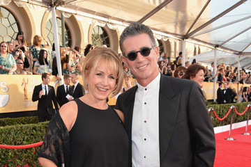 gabrielle carteris dating 11 june 2018 famousfix profile for gabrielle carteris including biography information, wikipedia facts, photos, galleries, news, youtube videos, quotes, posters, magazine covers, trailers, links, filmography, discography and trivia.